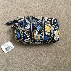 Vera Bradley Medium Cosmetic Bag in Ellie Blue